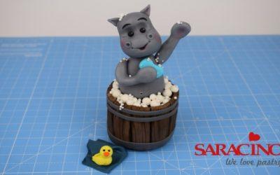 CUTE HIPPO TAKING BATH